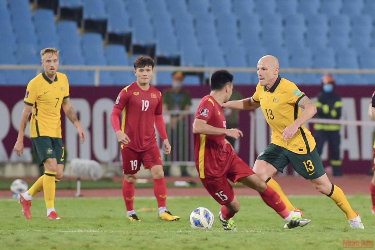 Chơi hết mình, Việt Nam thua tối thiểu Australia -0