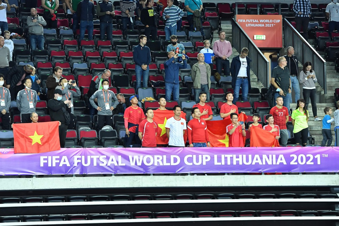 Đội tuyển futsal Việt Nam gặp thất bại khó tránh khỏi trước Brazil -0