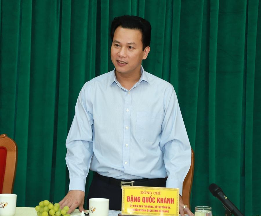 Bí thư Tỉnh ủy Đặng Quốc Khánh phát biểu tại buổi gặp mặt