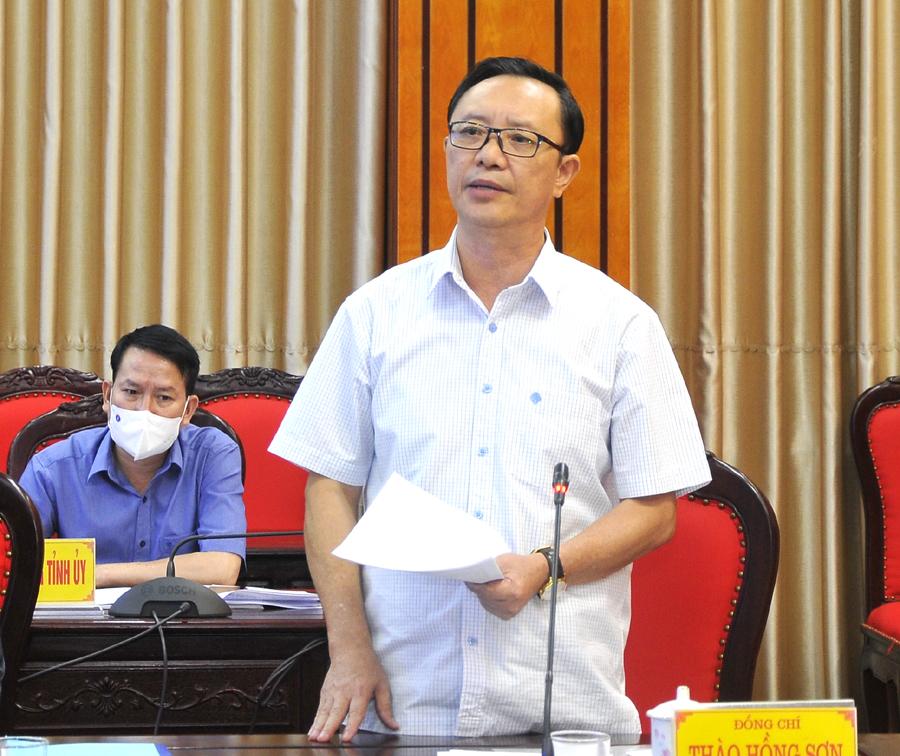 Phó Bí thư Thường trực Tỉnh ủy, Chủ tịch HĐND tỉnh Thào Hồng Sơn phát biểu tại buổi làm việc.