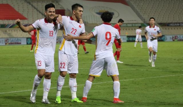 Đội hình dự kiến ĐT Việt Nam vs ĐT Oman: Cơ hội cho Công Phượng? - Ảnh 2.